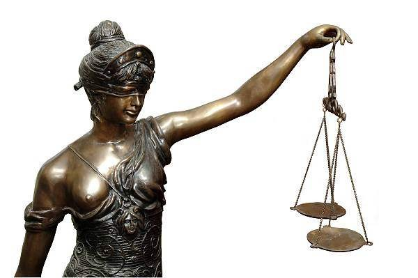 hukukcu-hareketli-resim-0018